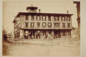 Whaler's Inn Hoxie House